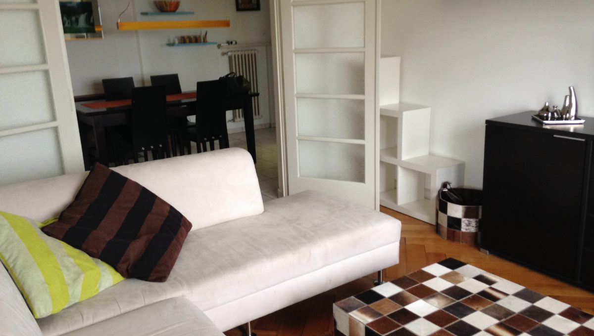 Severy 2, living room Tv